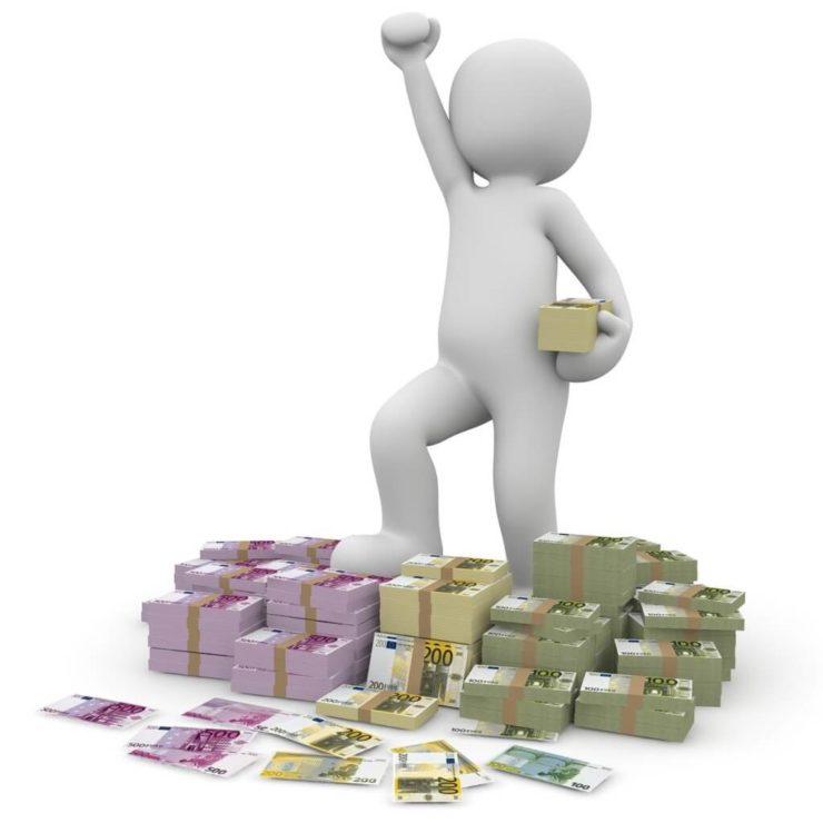 初心者の資産運用どれが一番儲かる?【株・投資信託・ロボアドバイザー】