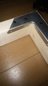 ベッドを2×4材でDIY!スノコ状で、子ども用に柵もつけます!