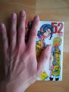 確実に手の大きさ平均よりデカい私の手